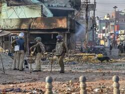 دہلی میں مسلم کش فسادات میں مسلمانوں کے گھر جلانے سے پہلے لوٹ مار کی گئی