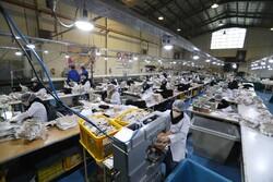 نخستین واحد تولید ماسک در زنجان آغاز به کار کرد