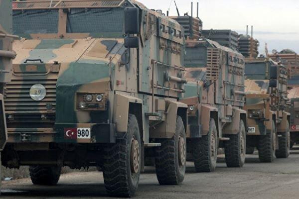 اعزام تانکهای ارتش ترکیه به استان «هاتای» در مرز سوریه