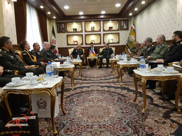 Iran, Azerbaijan hold joint military commission meeting in Tehran