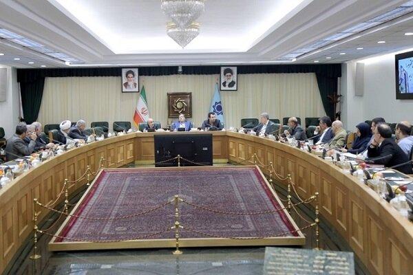 البنك المركزي الايراني يرصد نحو 15 مليار دولار للواردات خلال 5 اشهر