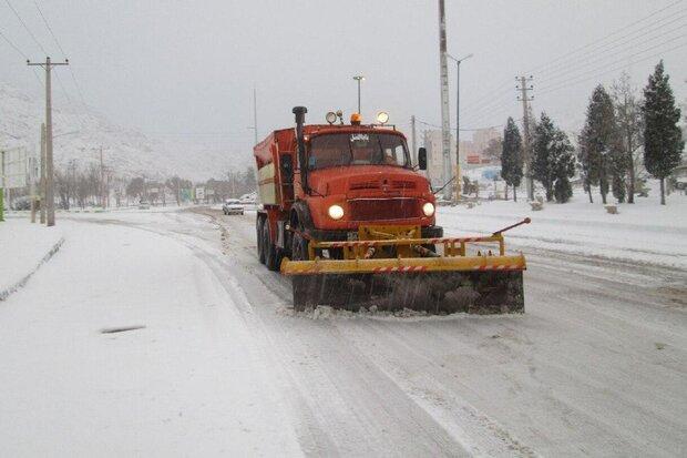 عملیات راهداری در ۶۷۰ کیلومتر راههای استان سمنان انجام شد