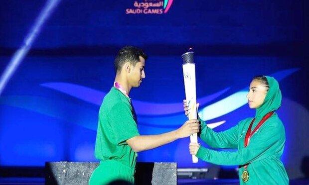 سعودی عرب میں عورتوں کو مردوں کے ساتھ کھیلنے کی اجازت