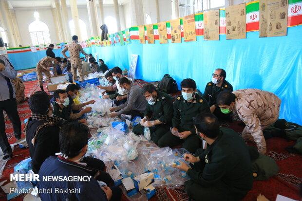 توزیع 100 هزار بسته بهداشتی پیشگیری از کرونا در قم
