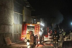 اطفای حریق کارگاه مبل سازی در گلستان/۵ ایستگاه آتش نشانی اعزام شد