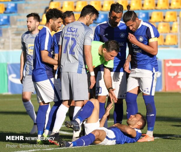 Gol Gohar Sirjan vs. Esteghlal football match