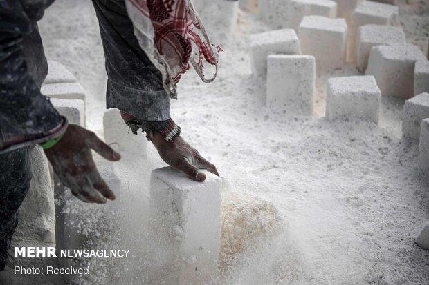 دو سوم صادرات سنگ ایران به صورت خام است