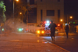 شهروندان زنجانی معابر شهر را ضدعفونی کردند