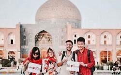 Chinese travelers ready to donate 100,000 face masks to Iran to combat coronavirus