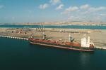 کشتی حامل شکر خام در بندر «شهید بهشتی» چابهار پهلو گرفت