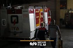 ضدعفونی کردن معابر سطح شهر بندرعباس توسط آتش نشانی