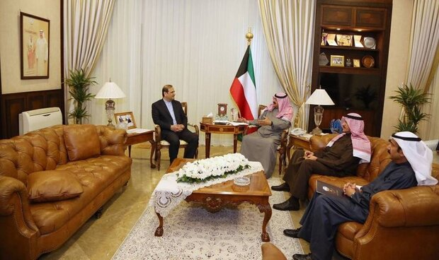 Iran, Kuwait confer on regional issues, coronaravirus outbreak
