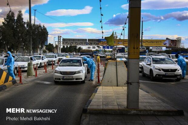 Body temperature checkpoint at Qom-Tehran freeway