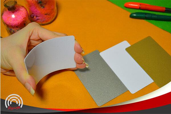 آشنایی با انواع کارت PVC