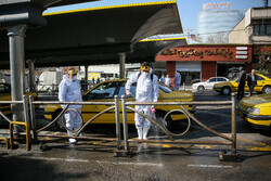  آغاز ضد عفونی کردن خیابانهای پایتخت/ گندزدایی خیابان ولیعصر با ۱۵۰۰ نیروی خدمات شهری