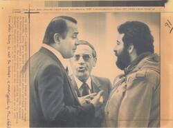 پاسخ کوبنده شیخ الاسلام به وزیر خارجه آمریکا/ ملاقات آیت الله خامنهای با گروگانهای آمریکایی