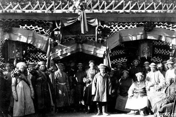 فرهنگ مسلمانانی که برای فرار از نسلکشی چینیها به قرقیزستان رفتند