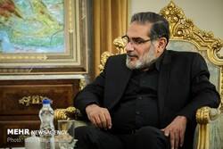 Shamkhani stresses Iran's support to Iraq's independence, sovereignty