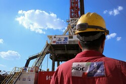 'Iran self-sufficient in repairing offshore drilling rigs'