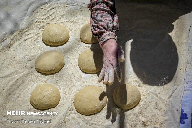 پخت نان در خانه