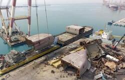 پایان موفقیت آمیز عملیات خارج سازی کشتی واژگون شده در بندر رجایی