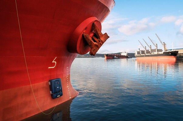 تولید ربات برای تمیز کردن بدنه کشتیها