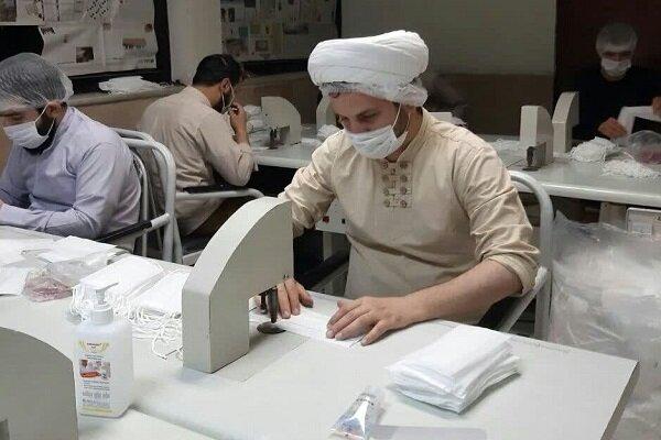 100 من طلاب الحوزات العلمية في محافظة البرز يتطوعون لدعم الجهود في مكافحة كورونا