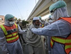 پاکستان میں صحت کے شعبے سے وابستہ 399 افراد کورونا وائرس کا شکار