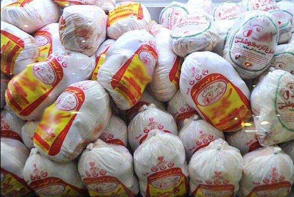 یک تن و۷۰۰ کیلوگرم گوشت مرغ فاقد مجوز در بشرویه کشف شد