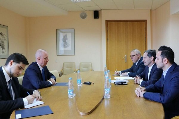 Belarus describes Iran as its close friend