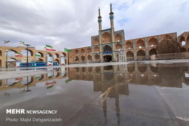 Yazd rejuvenated by spring rain