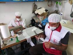 تولید ماسک توسط خانههای هلال، داوطلبان و خیرین هلال احمر قزوین