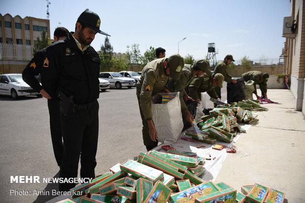 Police seizes firecrackers in Shiraz