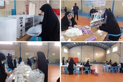 روزانه ۱۰ هزار ماسک توسط بسیجیان در شهرستان البرز تولید می شود