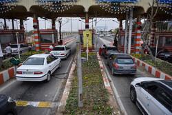 تردد خودرو در ورودی و خروجیهای قم ۶۴ درصد کاهش یافت