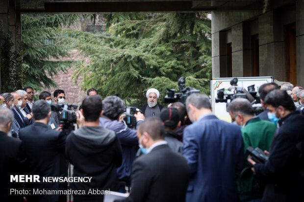 Sidelines Rouhani cabinet's last session of the year