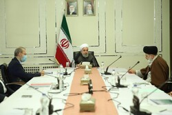 Rouhani orders closure of shopping centers across country