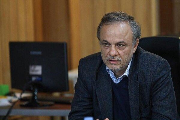 بررسی صلاحیت رزم حسینی در شورای مرکزی فراکسیون توسعه پایدار
