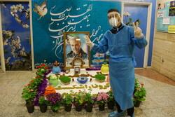 قم کے اسپتال میں صحت کے مجاہدین نے نئے سال کی تقریب منعقد کی