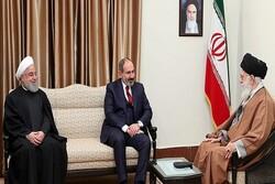 Armenian PM congratulates Iranian Leader, President on Nowruz