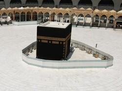 سعودی عرب کی مسجد الحرام اور مسجد نبوی (ص) میں جمعہ اور جماعت پر پابندی عائد