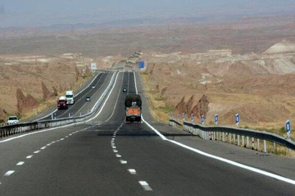 تردد در آزادراههای زنجان ۸۱ درصد رشد دارد