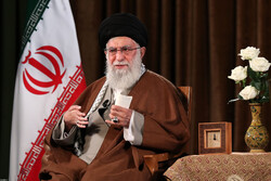 كلمة قائد الثورة الاسلامية بمناسبة عيد المبعث النبوي الشريف (ص)/ بالصور
