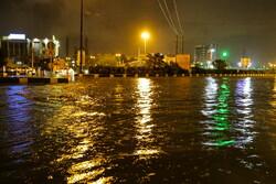 قم میں شدید بارش کے بعد پانی سڑکوں پر جمع ہوگیا