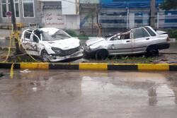 قم میں کار گڑھے میں گرنے سے 3 افراد جاں بحق