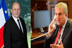 Pakistan, French FMs discuss lifting US anti-Iranian sanctions over phone