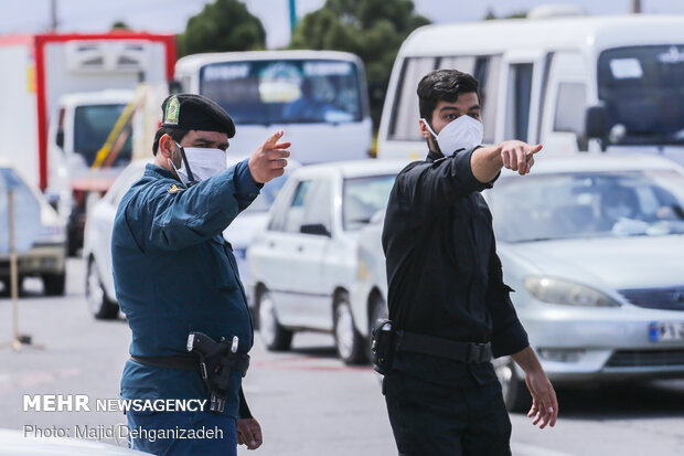 Passengers are tested for coronavirus in Yazd entrance