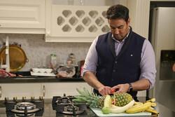 پوریا پورسرخ در «شام ایرانی» آشپزی میکند