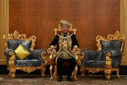 پادشاه مالزی قرنطینه شد