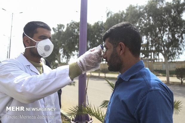 غربالگری ورودی شهرستان حمیدیه توسط تیپ 392 زرهی ارتش